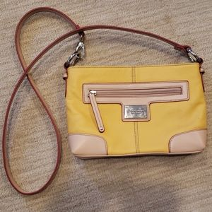 Yellow leather crossbody.